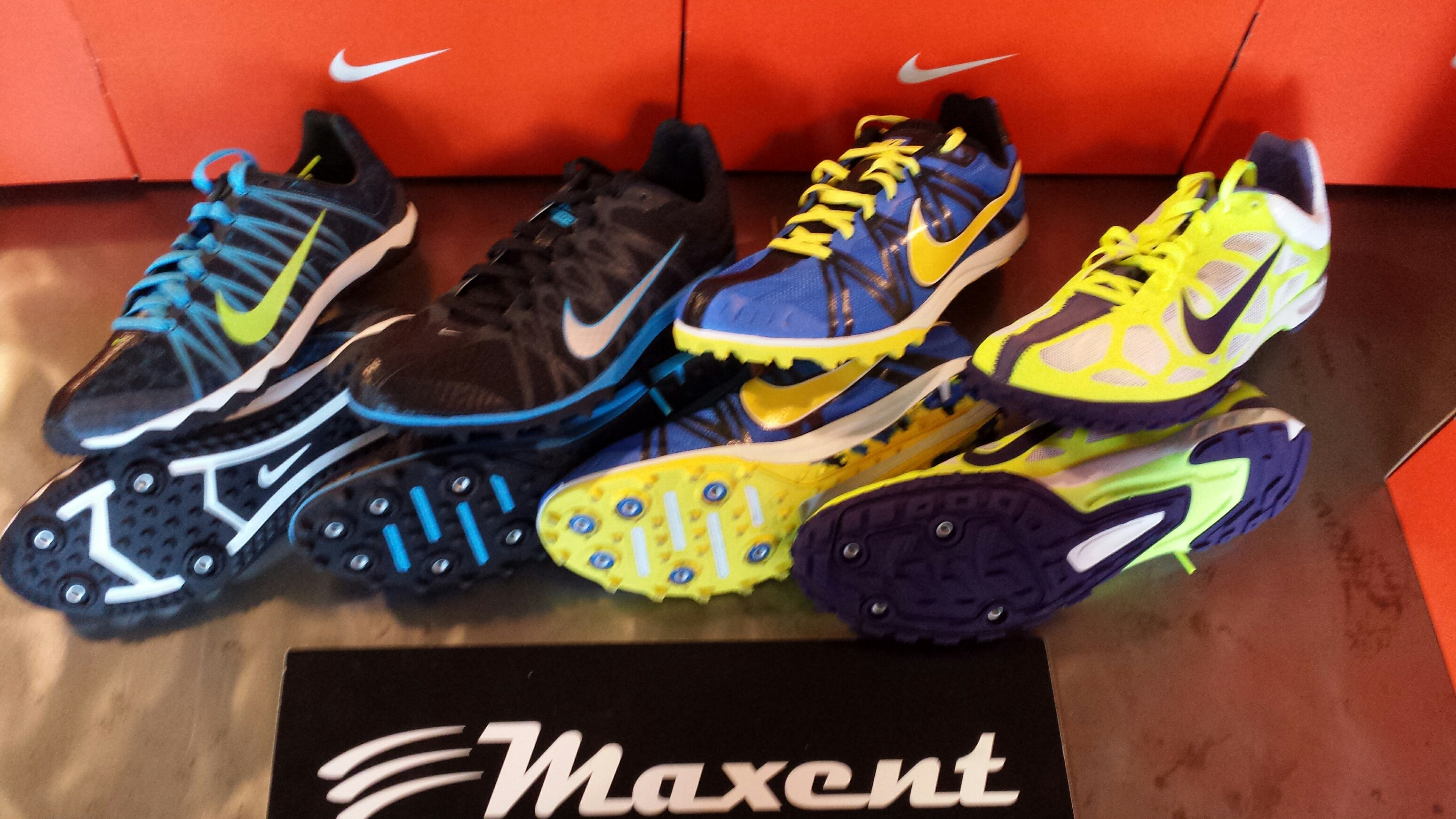 best service b4ff4 64808 Linea Chiodate Nike - Maxent Sports World